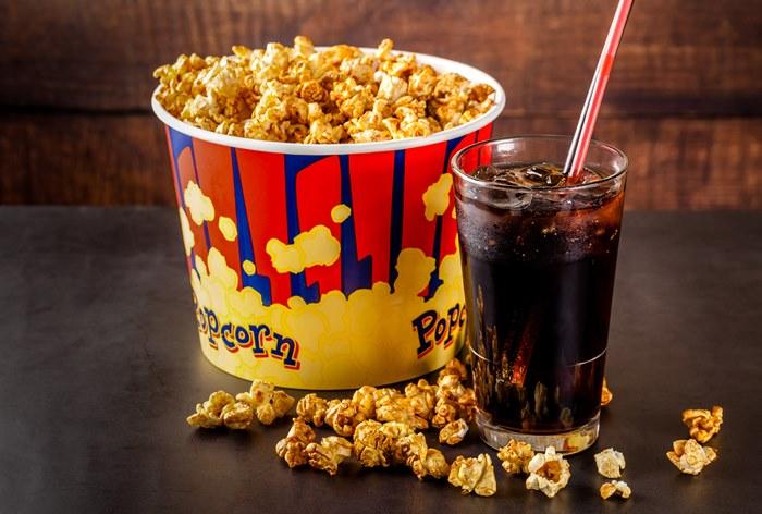 Сеть «Синема парк» заплатила почти $2 млн штрафа за замену PepsiCo на Coca-Cola в кинобарах