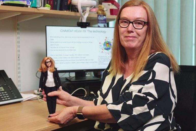 Картинка к Mattel посвятил Barbie создательнице вакцины от COVID-19