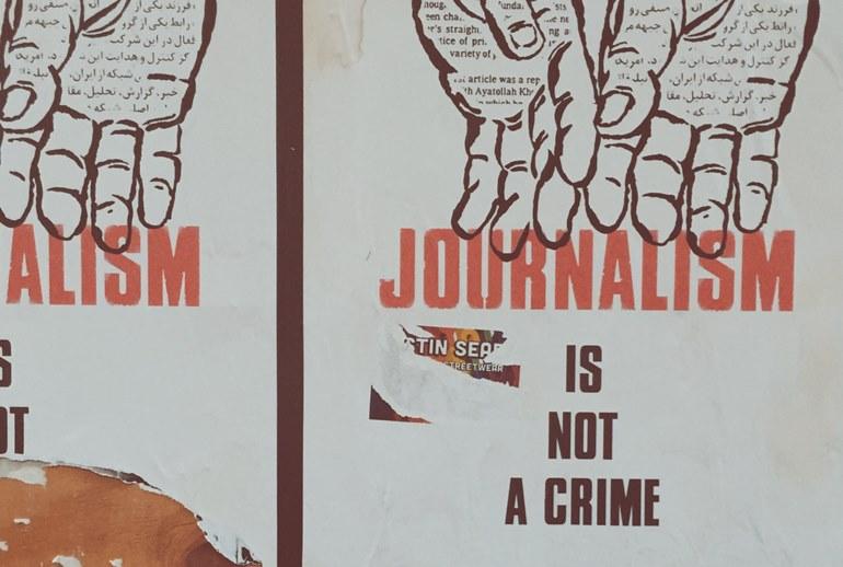 Картинка к Российские журналисты запустили флешмоб #запрещенная_профессия