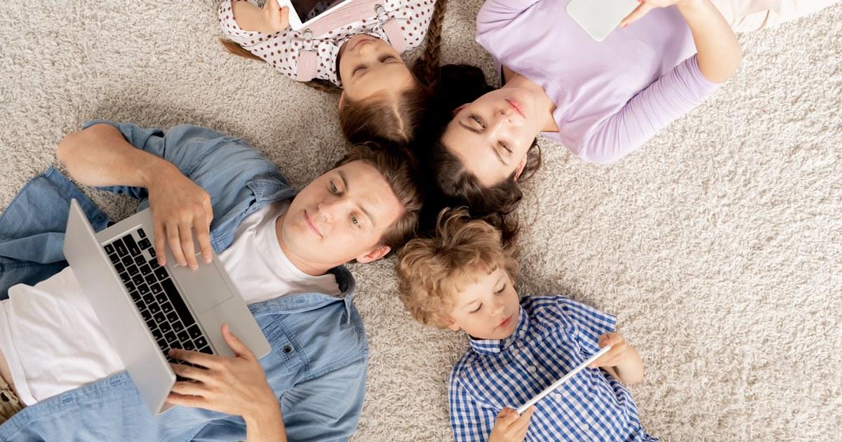 Онлайн-кинотеатры увеличили доходы от подписки на 80%