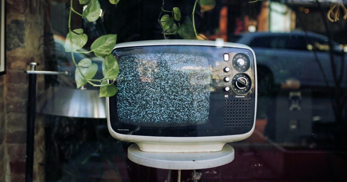 Телевидение и соцсети остаются основными каналами для «знакомства» с брендами