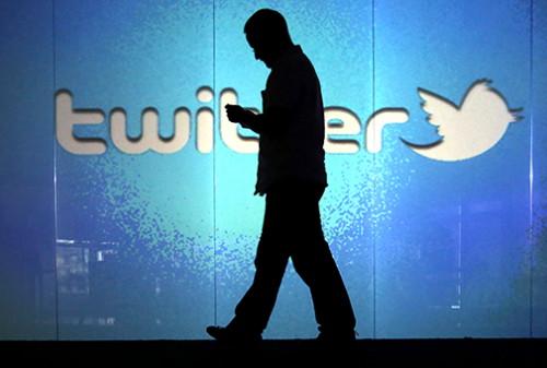 Сервис микроблогов Twitter стал доступен российским рекламодателям