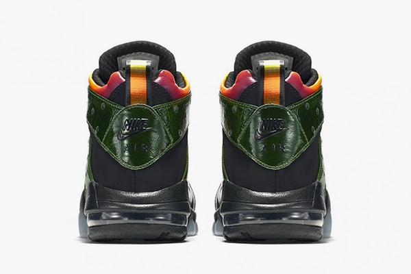 В честь Годзиллы Nike выпустят кроссовки