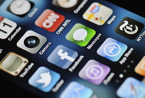«Коммерсантъ»: Разработчики мобильного контента держат цены вопреки курсу