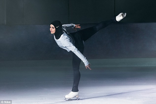 Nike рекламирует первый спортивный хиджаб для женщин