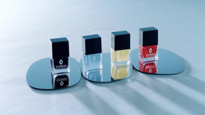 В Renault придумали лак, подходящий для ногтей и автомобиля