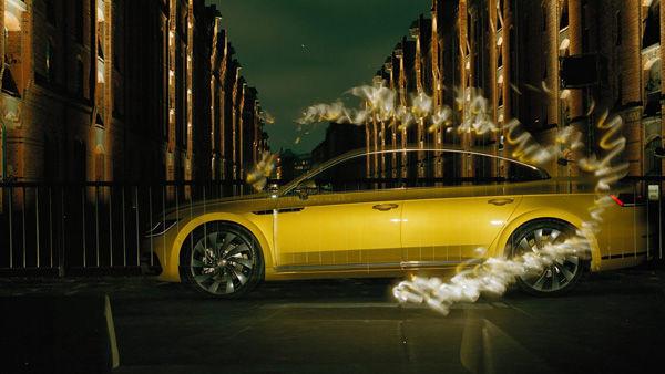 Рекламный фотопроект для VW Arteon выполнил слепой фотограф