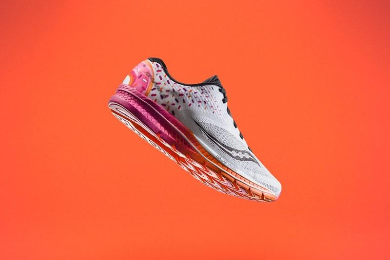 К Бостонскому марафону выпустят кроссовки, вдохновленные пончиками Dunkin