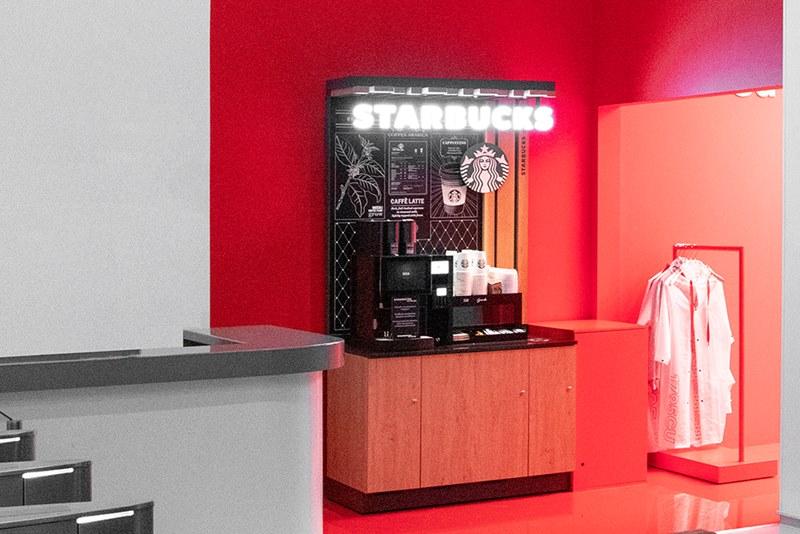 Альфа-Банк открыл офлайн-магазин с фирменным мерчем